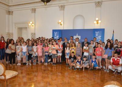 1 Deca sa KIM gosti Crvenog krsta grada Novog Sada 01 (5)