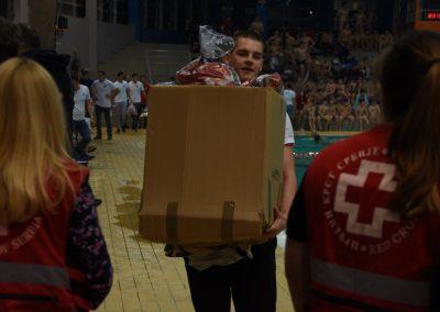 Jedan paketić-mnogo ljubavi Crveno-belo veče (6)