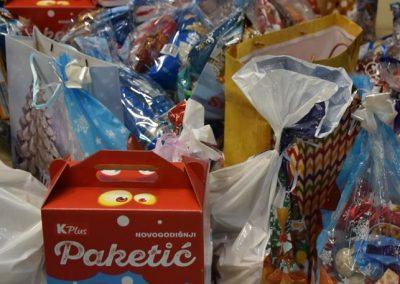 Jedan paketić-mnogo ljubavi Crveno-belo veče (7)