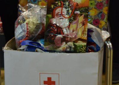 Jedan paketić-mnogo ljubavi Crveno-belo veče (8)