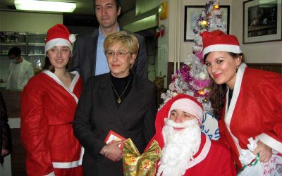 """Akcija """"Jedan paketić – mnogo ljubavi"""" Decembar 2009. – januar 2010.g."""