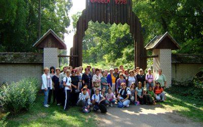 "Izlet za volontere programa ""Briga o starima"" Zobnatica 27. septembar 2009."